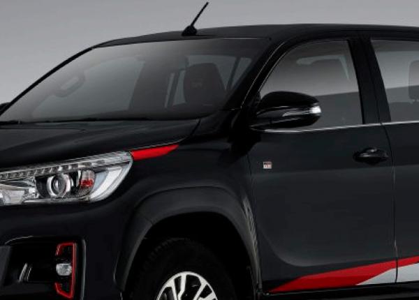 Toyota-Prado-y-Hilux-banner